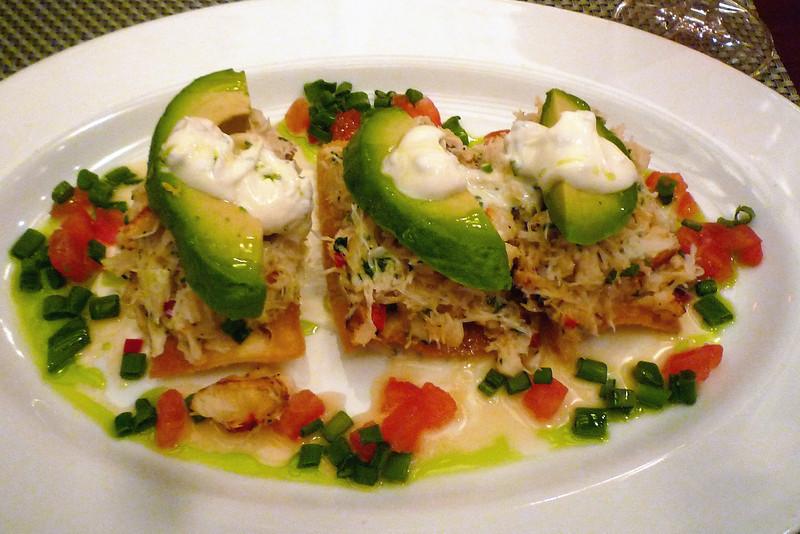 Dungeness crab nachos
