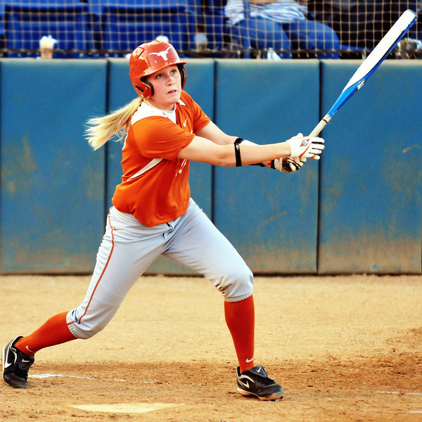 Amy Hooks doubling to lead off the 2nd inning