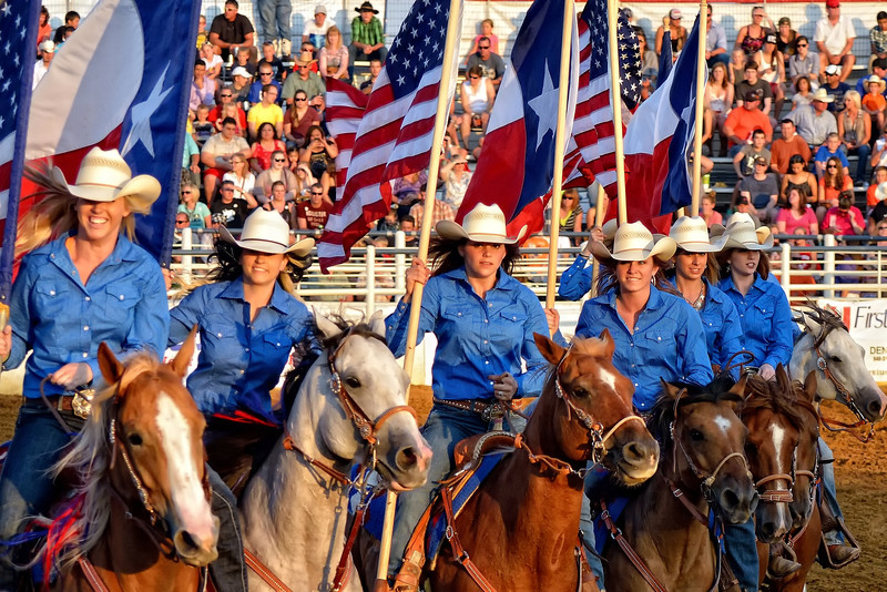 Pretty rodeo cowgirls, no place but Texas