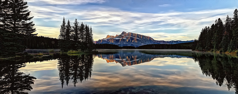 Sunrise on Mount Rundle from Two Jack Lake