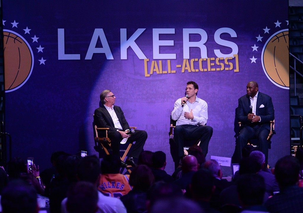 . Emcee and Laker sportscaster Bill Macdonald,left, Head Coach of the Los Angeles Lakers Luke Walton, left, and Magic Johnson, Lakers President of Basketball Operations, share a laugh  during The Los Angeles Sports & Entertainment Commission (LASEC) 13th annual LAKERS ALL-ACCESS, at the Staples Center.   Los Angeles  Calif., Monday, February ,27, 2017.            ( Photo by Stephen Carr / Daily News / SCNG )