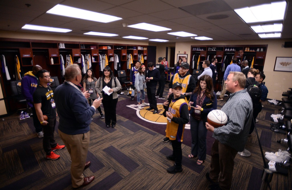 . Los Angeles Laker fans got a tour of the Laker lockeroom, during The Los Angeles Sports & Entertainment Commission (LASEC) 13th annual LAKERS ALL-ACCESS, at the Staples Center.   Los Angeles  Calif., Monday, February ,27, 2017.            ( Photo by Stephen Carr / Daily News / SCNG )