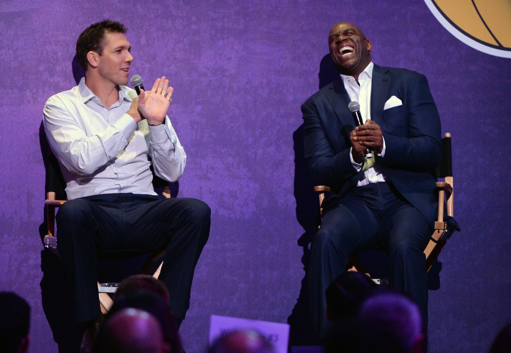 . Head Coach of the Los Angeles Lakers Luke Walton, left, and Magic Johnson, Lakers President of Basketball Operations, share a laugh  during The Los Angeles Sports & Entertainment Commission (LASEC) 13th annual LAKERS ALL-ACCESS, at the Staples Center.   Los Angeles  Calif., Monday, February ,27, 2017.            ( Photo by Stephen Carr / Daily News / SCNG )