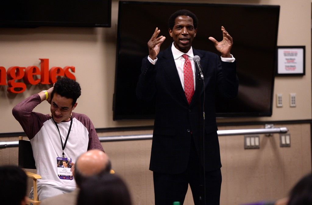 . During The Los Angeles Sports & Entertainment Commission (LASEC) 13th annual LAKERS ALL-ACCESS, at the Staples Center, Los Angeles Laker great A.C. Green jokes about  fan Julian Eskridge,left, about when Green\'s teammates used to poke fun at his hair style.    Los Angeles  Calif., Monday, February ,27, 2017.            ( Photo by Stephen Carr / Daily News / SCNG )