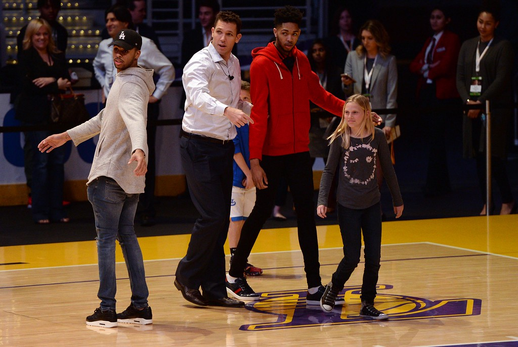 . Los Angeles Laker D\'Angelo Russell ,left, Head Coach of the Los Angeles Lakers Luke Walton, center, and Brandon Ingram, Lakers forward,  on the court with fans, during The Los Angeles Sports & Entertainment Commission (LASEC) 13th annual LAKERS ALL-ACCESS, at the Staples Center.   Los Angeles  Calif., Monday, February ,27, 2017.            ( Photo by Stephen Carr / Daily News / SCNG )