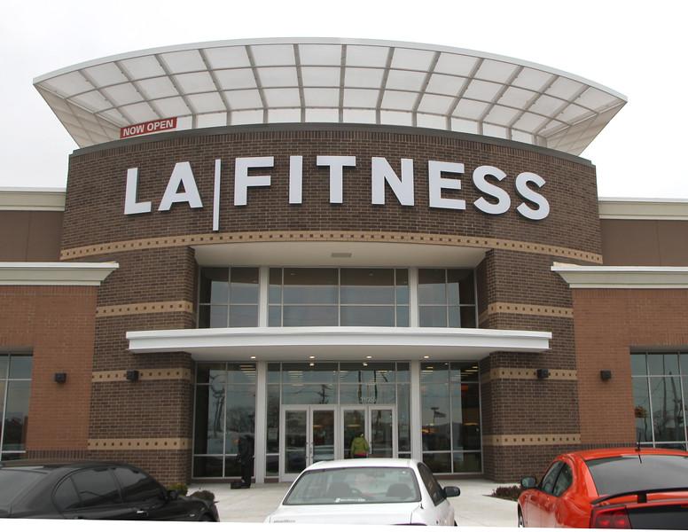 LA Fitness Ribbon