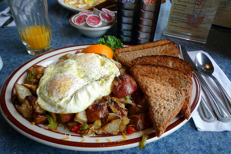 Breakfast at Dave's Diner
