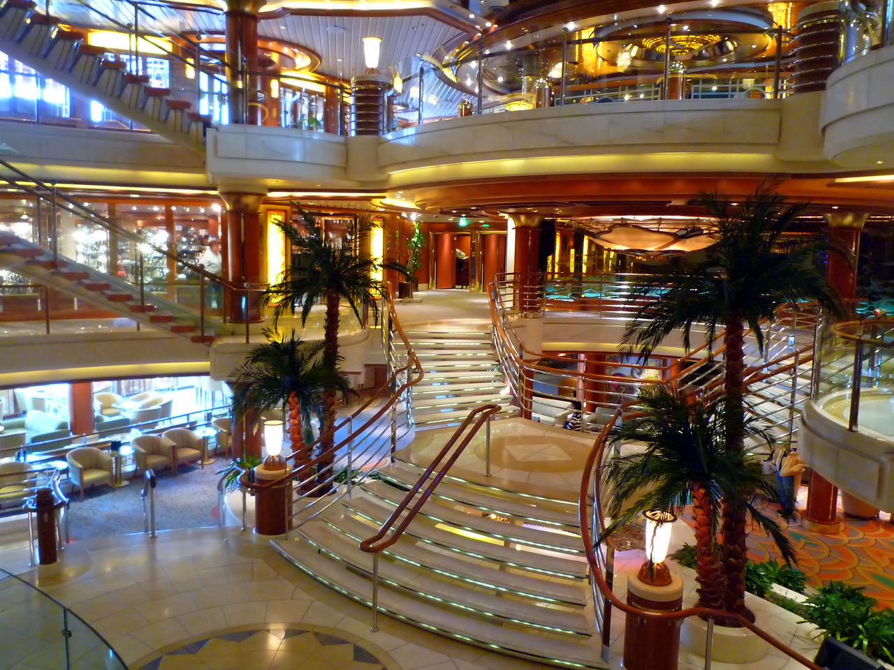 Atrium area mid-ship