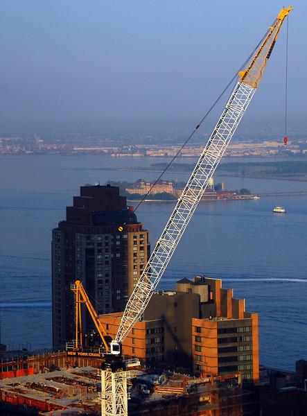 HUGE construction crane at WTC site