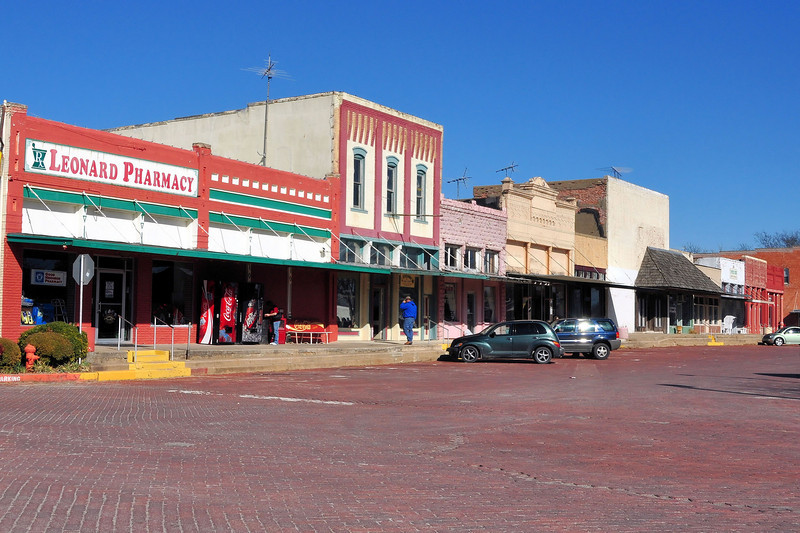 Downtown Leonard, TX