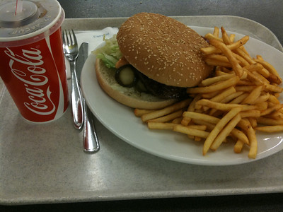 'better food' in school at 4.80€
