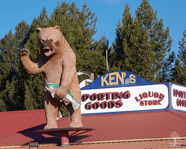 Ken's Sporting Goods & Liquor Store U.S. 97, Crescent, OR