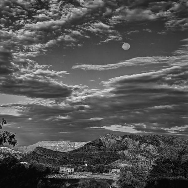 Moonset over Lajitas