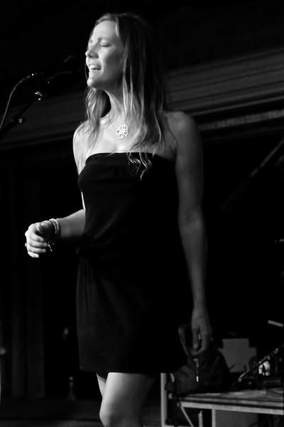 Kelley Mickwee, Frio River Songwriters Festival
