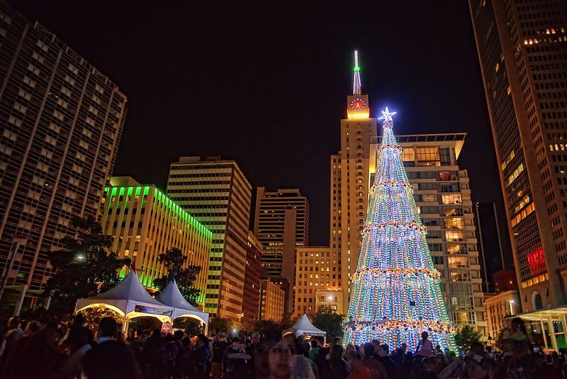 Dallas City Lights Christmas Tree lighting