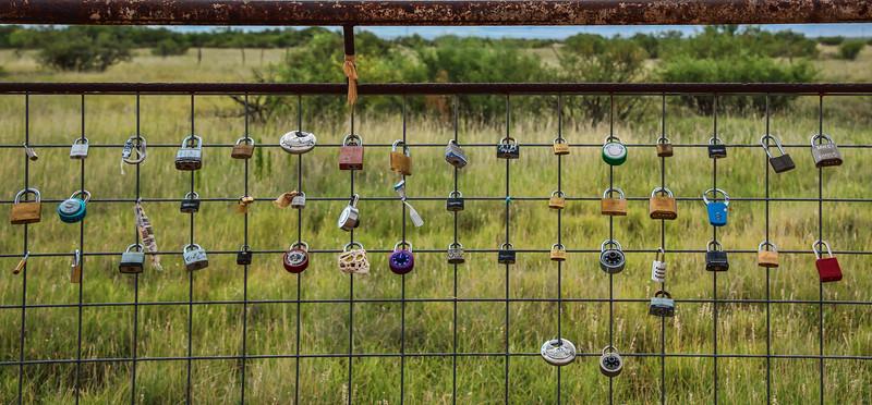 Love locks behind Prada Marfa