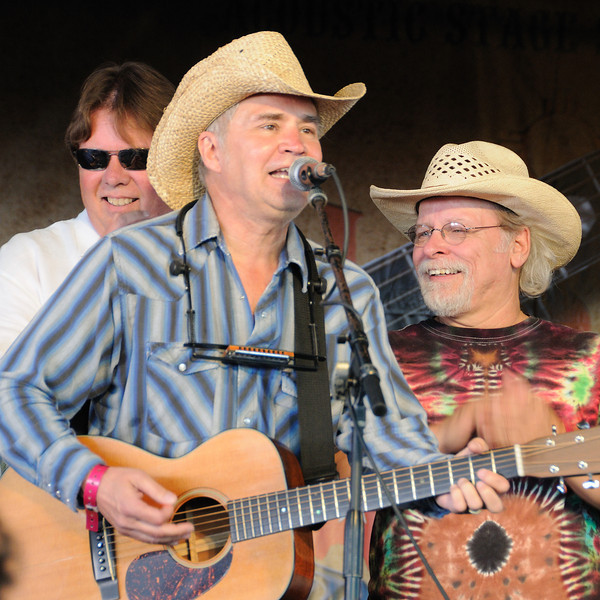 Larry Joe Taylor, Keith Sykes, Tommy Alverson