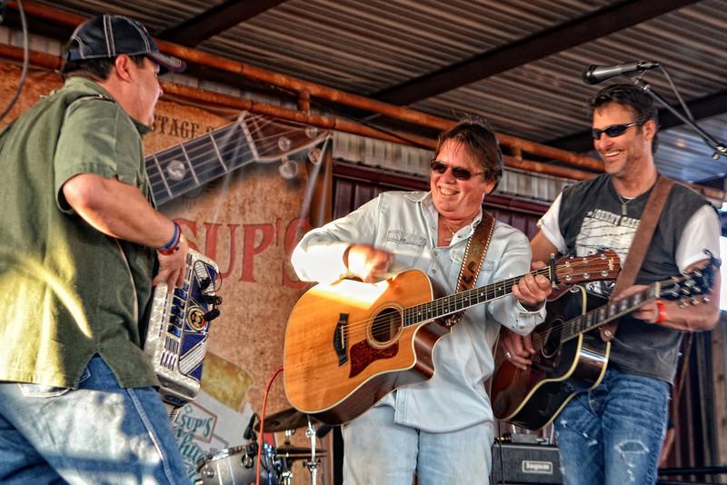 Dave Perez, Larry Joe Taylor, Deryl Dodd