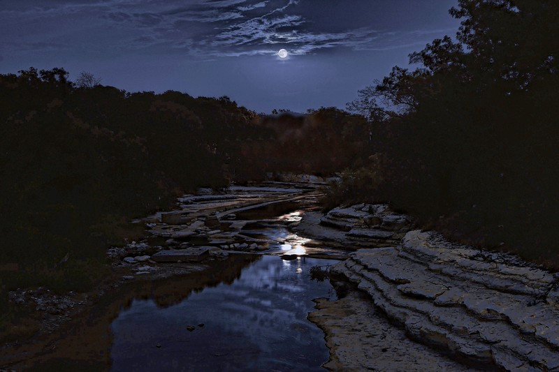 Full moon over Duck Creek (color version)