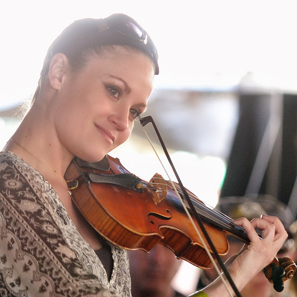 Radney Foster's fiddle girl