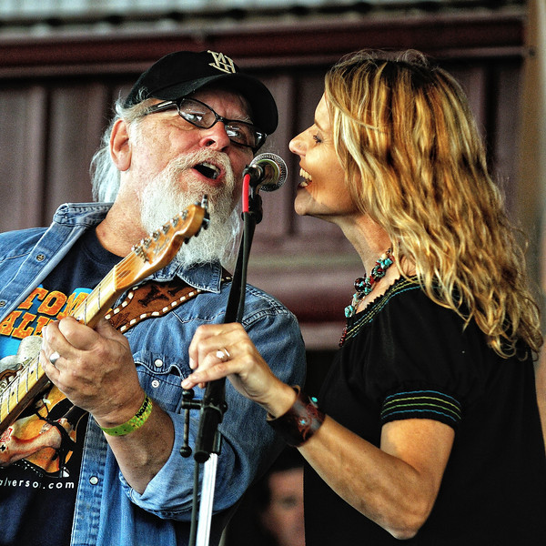 Tommy Alverson, Tina Wilkins