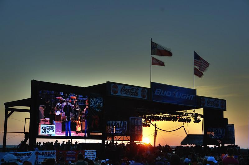 Sundown on the Main Stage