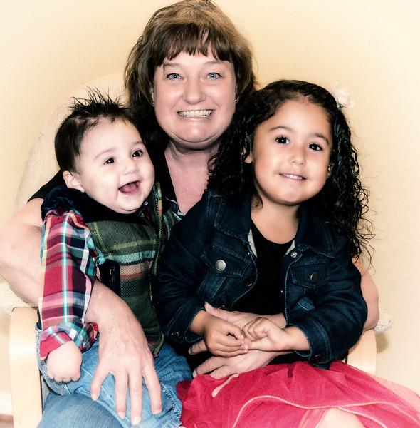 Aaron, Rhonda, Mila