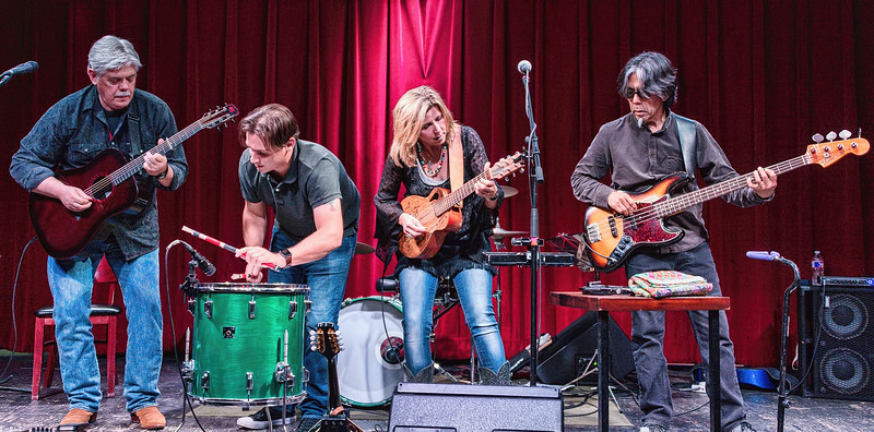 Lloyd Mains, Terri Hendrix and band