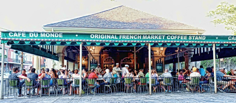 Cafe Du Monde at Jackson Square, New Orleans