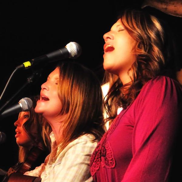 Blacktop Gypsy - Heather Stalling, Andie Kay Joyner, Darcy Starcher