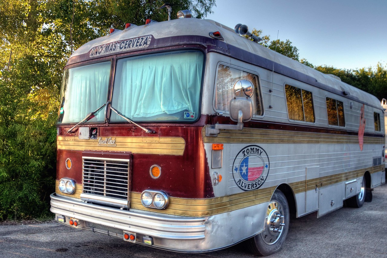 Tommy Alverson's magic bus