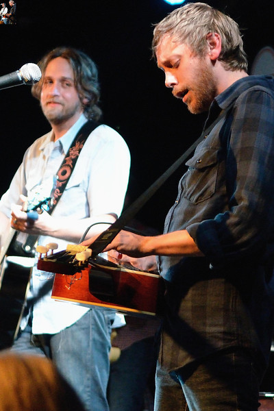 Hayes Carll, Travis Linville