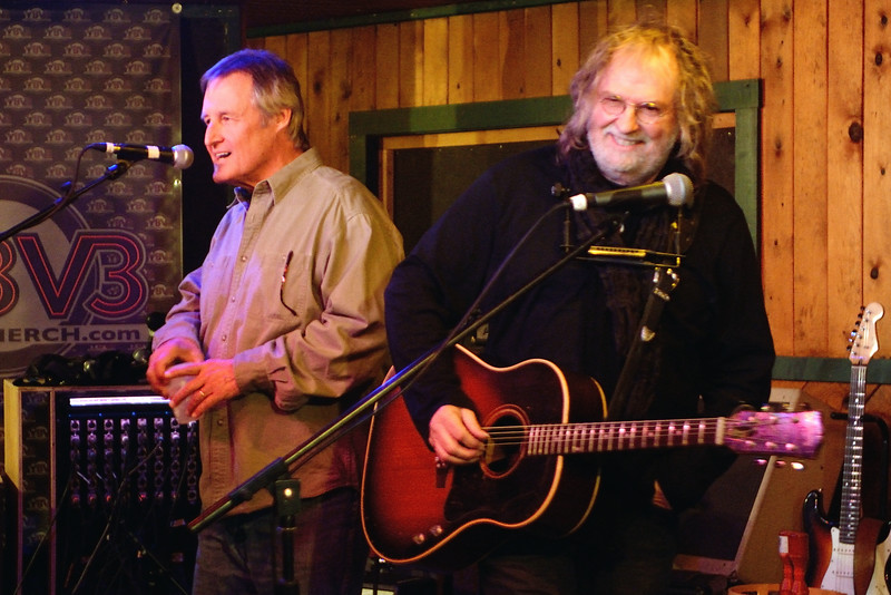 Rick Fowler introduces Ray Wylie Hubbard