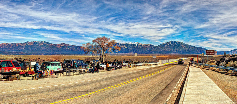Vendors and artists near the Rio Grande Gorge bridge