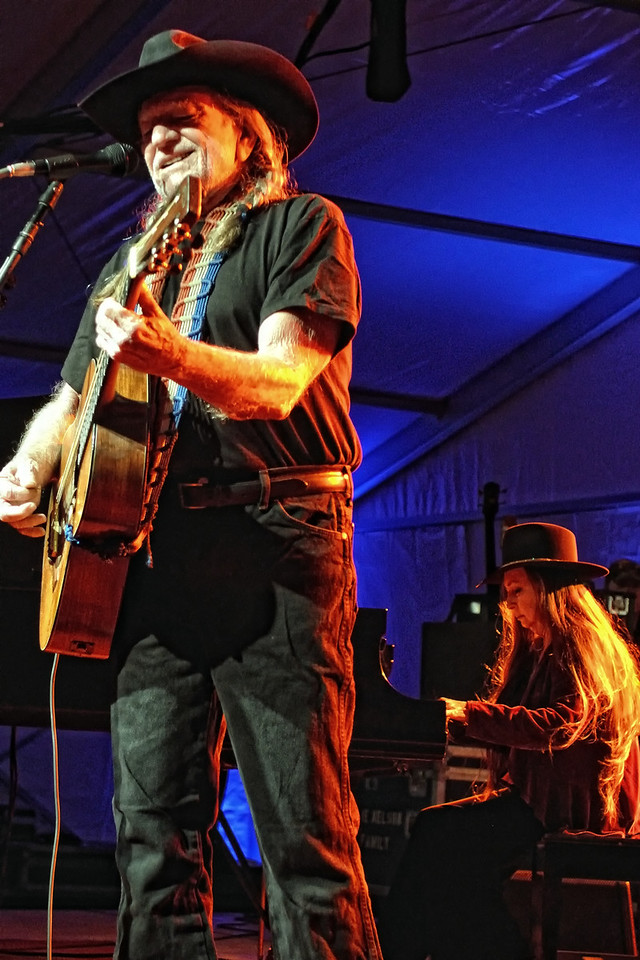 Willie Nelson and Sister Bobbie