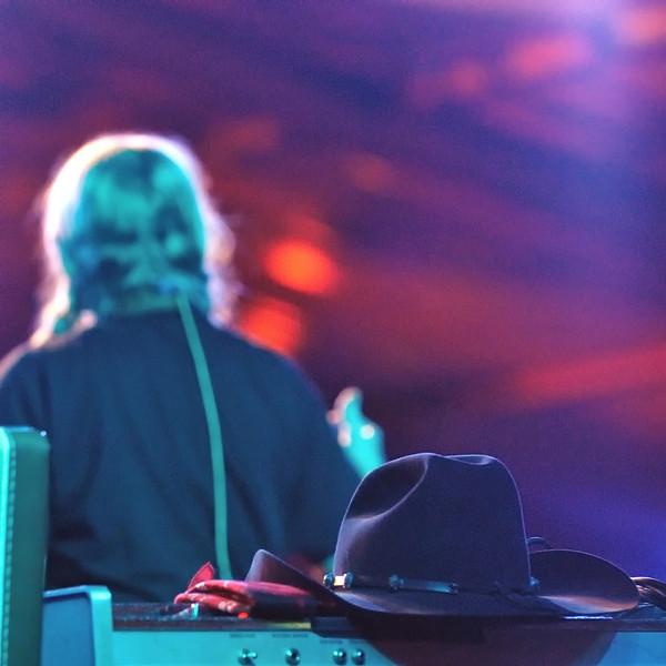 Willie's hat