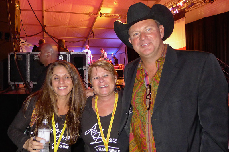 Holli, Joni, and Rio Brazos owner Jim Hartman