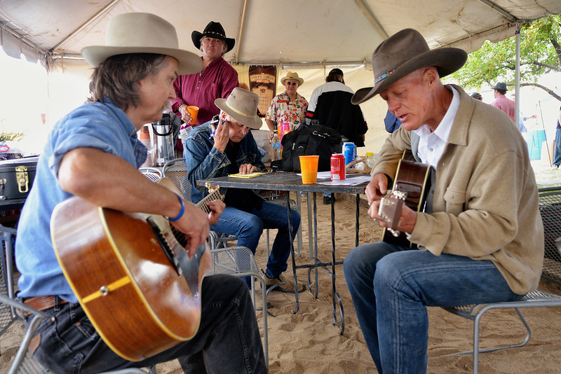 George Ensle, Chuck Pyle (Keith Sykes writing out his set list)