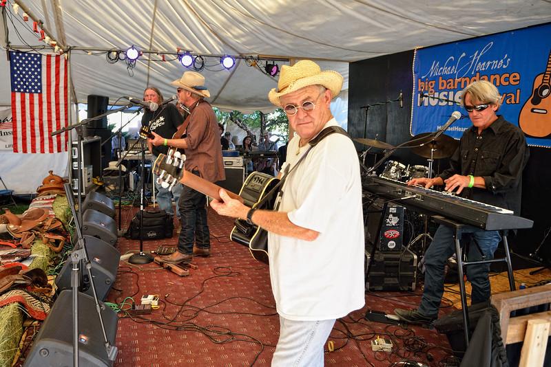 Butch Morga playing guitar for Bob Livingston, with Jimmy Stadler on keyboard