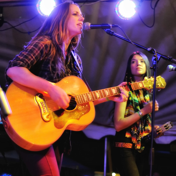 Jamie Lin Wilson and Liz Foster of the Trishas