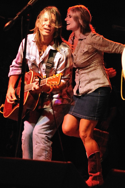 Jimmy Davis, Tina Wilkins