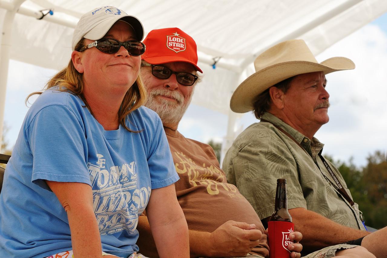Amy Carol, Tommy, W.R.