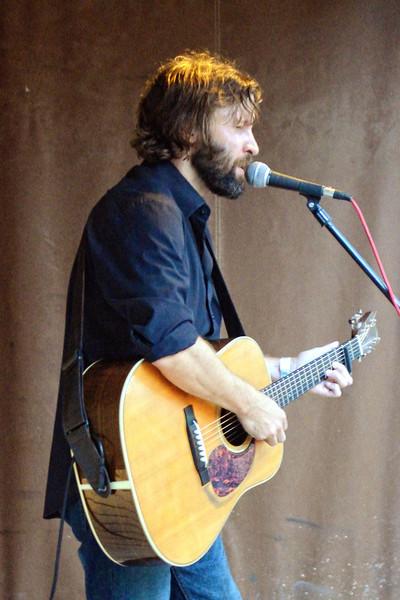 Owen Temple performing at Reata, Alpine