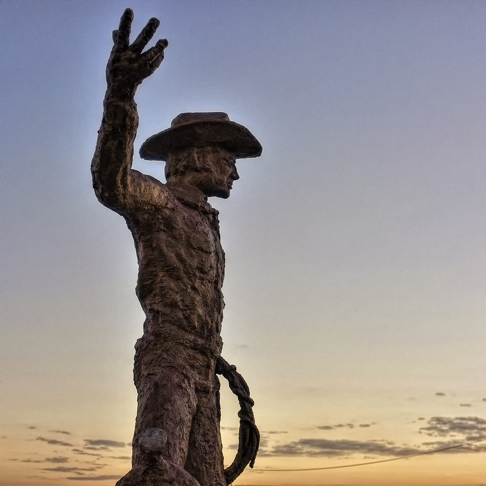 "San Angelo's ""Working Cowboy"" statue"