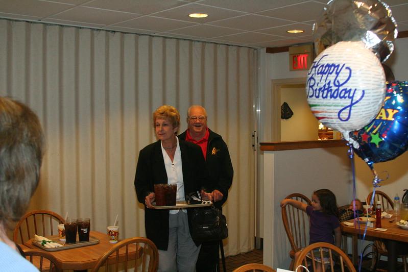 Family/2005-11-7 Great PawPaw 80th Birthday