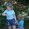 Family/2005-6-19 Girls visit the zoo