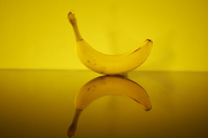 felling bananas