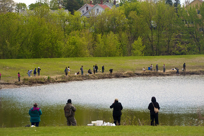 People all around the pond fishing…4.22.12