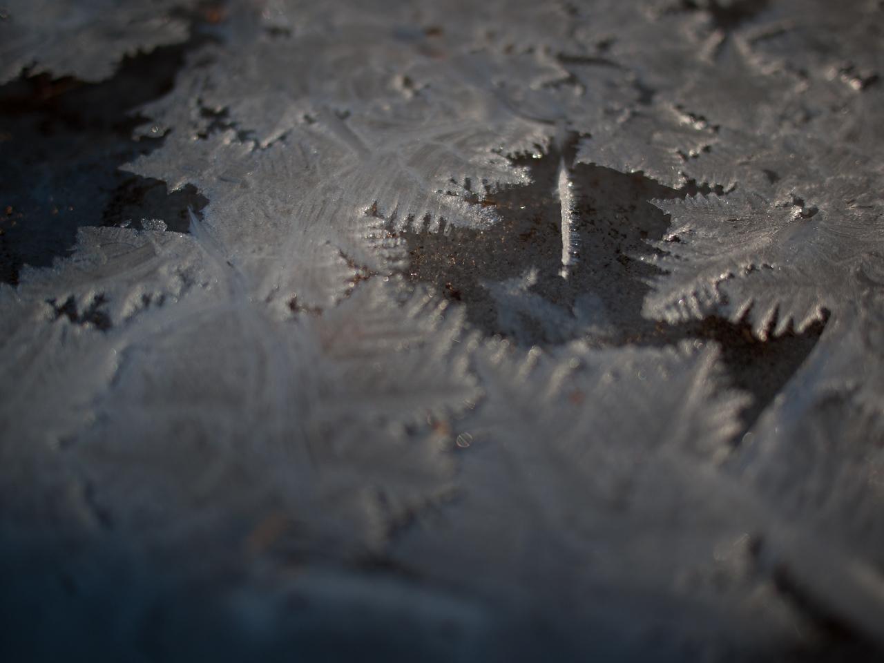 ice crystals IV