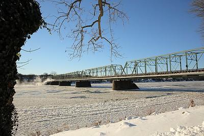 NewHopeLambertville Bridge IcyRiver